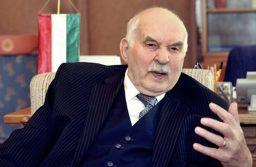 ElhunytHorváth János közgazdász-politikus