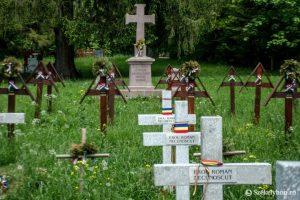 Tárgyalás az úzvölgyi katonai temetőről